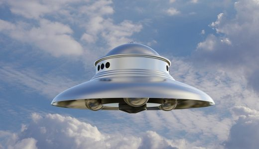 宇宙に関する表現  例文(3)  ?Que hay en una nave espacial?