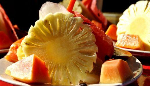 果物に関する表現  例文(2)  ?Puedes pelar una manzana?